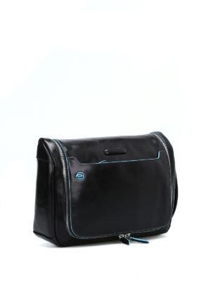 PIQUADRO: custodie e cover online - Beauty case nero ultra accessoriato