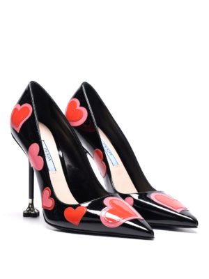 Prada: court shoes online - Heart patch patent leather pumps