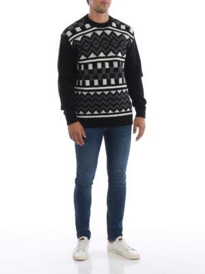 PRADA: maglia collo rotondo online - Pull bianco e nero in lana jacquard a scacchi