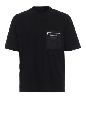 PRADA: t-shirt - T-shirt in cotone con tasca in nylon