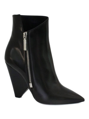 Saint Laurent: ankle boots online - Niki asymmetric leather booties
