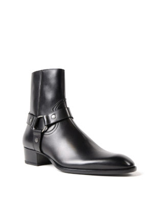 Saint Laurent: ankle boots online - Wyatt 40 black leather booties