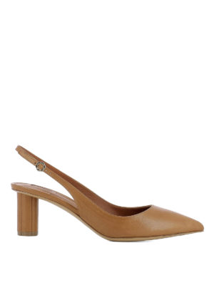 Salvatore Ferragamo: court shoes - Buti 55 pointy leather slingbacks