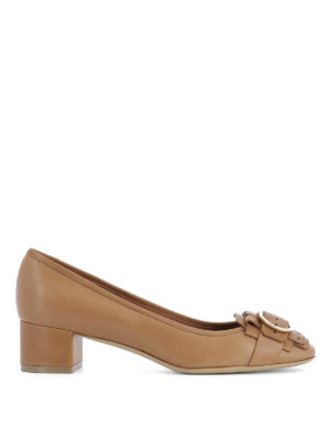 Salvatore Ferragamo: court shoes - Double Gancio detail leather pumps