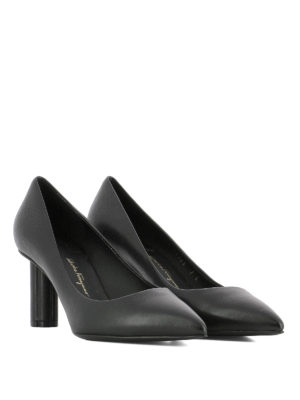 Salvatore Ferragamo: court shoes online - Badia 70 black leather pumps