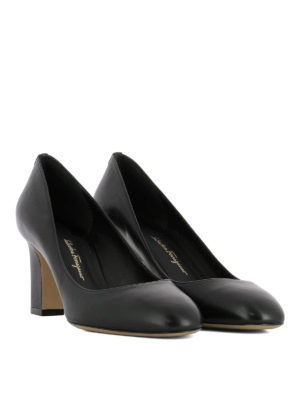 Salvatore Ferragamo: court shoes online - Chiusi leather pumps