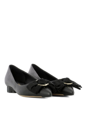 Salvatore Ferragamo: court shoes online - Peony bow low Flower heel pumps