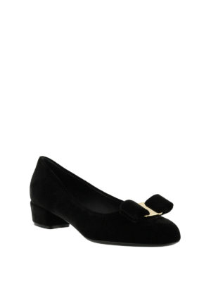 Salvatore Ferragamo: court shoes online - Velvet court shoes with bow
