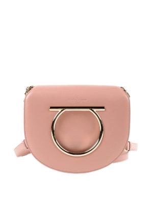 SALVATORE FERRAGAMO: borse a tracolla - Piccola borsa Gancini in pelle rosa