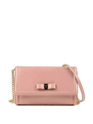 SALVATORE FERRAGAMO: borse a tracolla - Borsa con fiocco Vara in pelle rosa