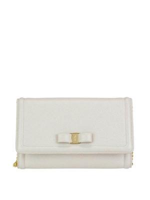 65c960ffc966 SALVATORE FERRAGAMO: borse a tracolla - Mini borsa bianca con fiocco Vara.  New season. Salvatore Ferragamo. White Vara bow leather cross body bag