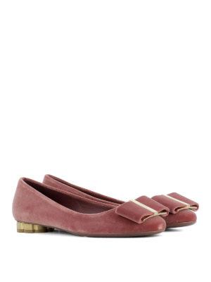 Salvatore Ferragamo: flat shoes online - Capua bow detailed velvet flats