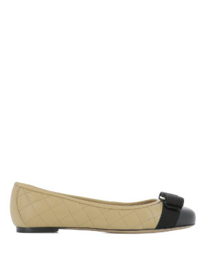 Salvatore Ferragamo: flat shoes - Vara quilted leather flats