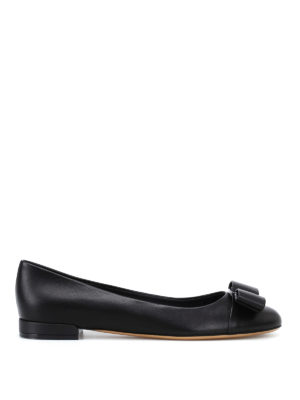 Salvatore Ferragamo: flat shoes - Varina black leather flats