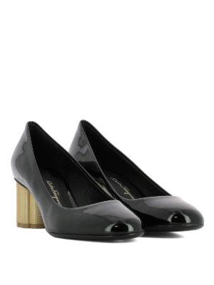 SALVATORE FERRAGAMO: scarpe décolleté online - Décolleté Lucca 55 in vernice nera