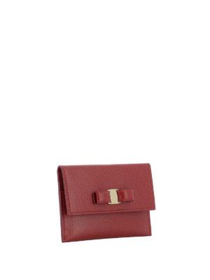 SALVATORE FERRAGAMO: portafogli online - Portacarte rosso in pelle con fiocco Vara