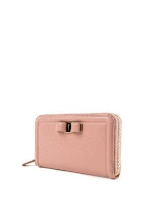 SALVATORE FERRAGAMO: portafogli online - Portafoglio continental Vara in pelle rosa