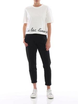 STELLA McCARTNEY: t-shirt online - T-shirt crop a scatoletta con ricamo d'amore