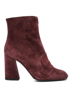 Stuart Weitzman: ankle boots - Penny bar detailed suede booties