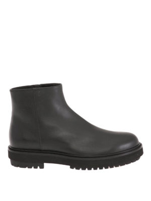 Tod'S: ankle boots - Leather zipped booties