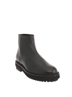 Tod'S: ankle boots online - Leather zipped booties