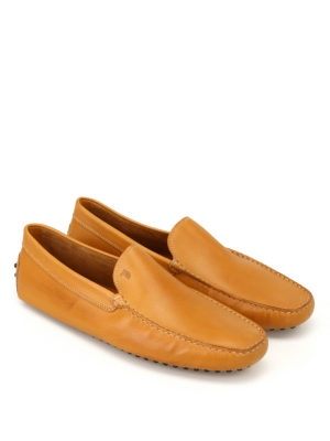 TOD'S: Mocassini e slippers online - Mocassini New Gommini color cuoio