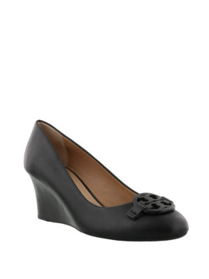 Tory Burch: court shoes online - Miller black leather wedge pumps