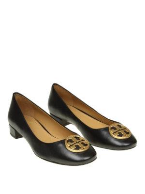 TORY BURCH: scarpe décolleté online - Décolleté Chelsea in pelle con logo