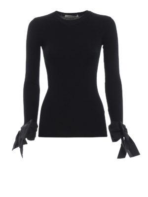 VALENTINO: maglia collo rotondo - Pull nero a costine con fiocchi ai polsi