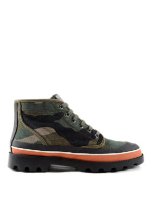 Valentino Garavani: ankle boots - Camo print trekking ankle boots
