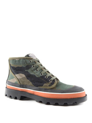 Valentino Garavani: ankle boots online - Camo print trekking ankle boots