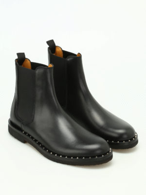 Valentino Garavani: ankle boots online - Stud detailed Beatle boots
