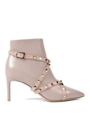 Valentino Garavani: ankle boots - Rockstud pointy leather booties