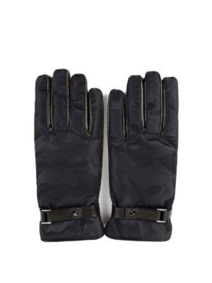 Valentino Garavani: gloves - Rockstud camouflage gloves