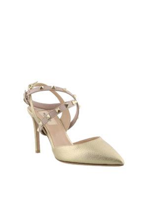 VALENTINO GARAVANI: scarpe décolleté online - Slingback Studwrap in pelle dorata