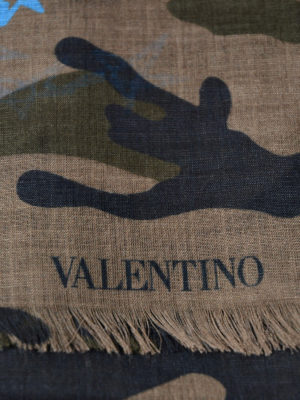 VALENTINO GARAVANI: sciarpe e foulard online - Sciarpa Zandra camouflage e azzurro