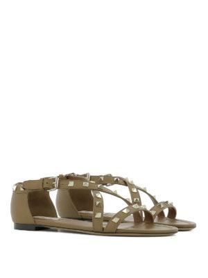 Valentino Garavani: sandals online - Rockstud leather flat sandals