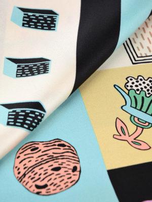 Valentino Garavani: scarves online - Printed silk twill foulard