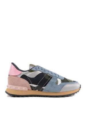 VALENTINO GARAVANI: sneakers - Sneaker in pelle camouflage con borchiette