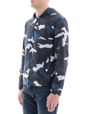 VALENTINO: giacche casual online - Giacca in tessuto tecnico camouflage blu
