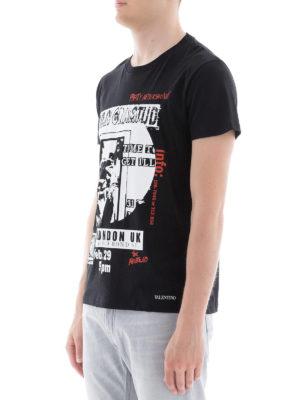 VALENTINO: t-shirt online - T-shirt in cotone nero con stampe