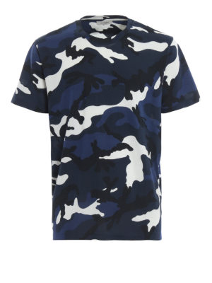 VALENTINO: t-shirt - T-shirt in cotone stampa camouflage blu