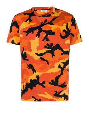 VALENTINO: t-shirt - T-shirt in cotone camouflage arancione