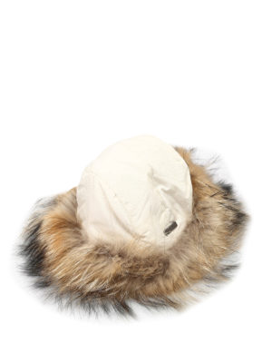 Woolrich: hats & caps - Fur padded hat
