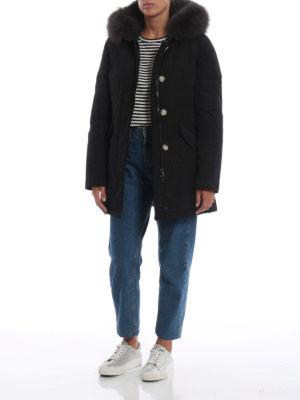 WOOLRICH: cappotti imbottiti online - Piumino nero Luxury Arctic con cappuccio