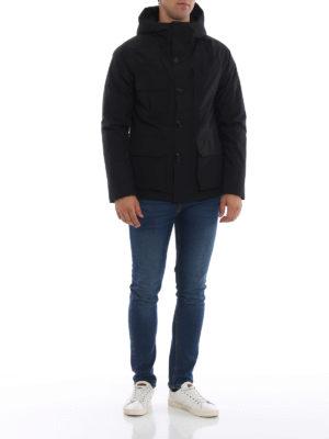 WOOLRICH: giacche imbottite online - Giaccone Mountain in tessuto Goretex nero