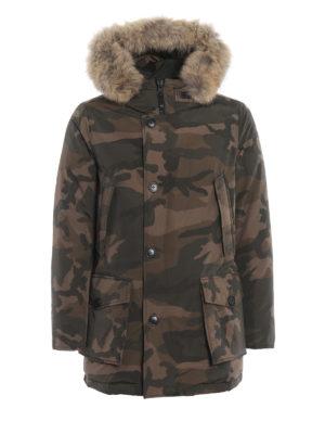 WOOLRICH: cappotti imbottiti - Parka Artic imbottito in camouflage verde