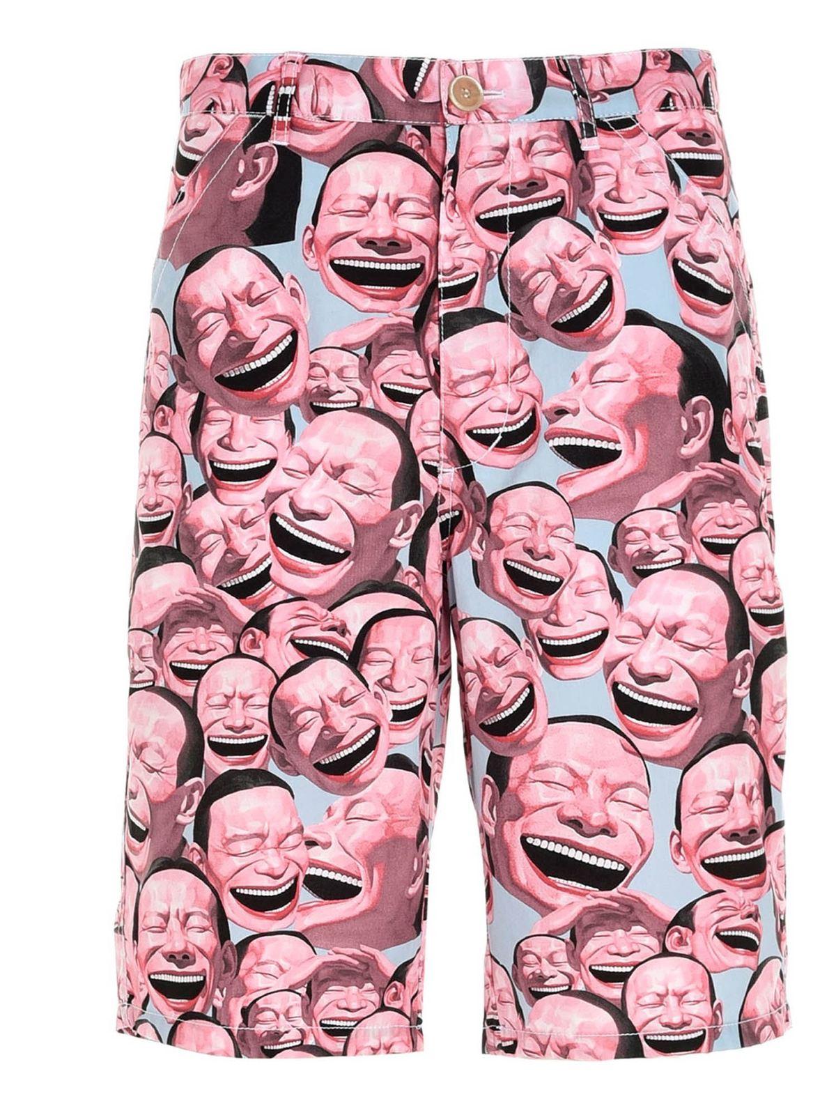 Comme Des Garçons Shirt Shorts YUE MINJUN PRINTED BERMUDA SHORTS IN MULTICOL