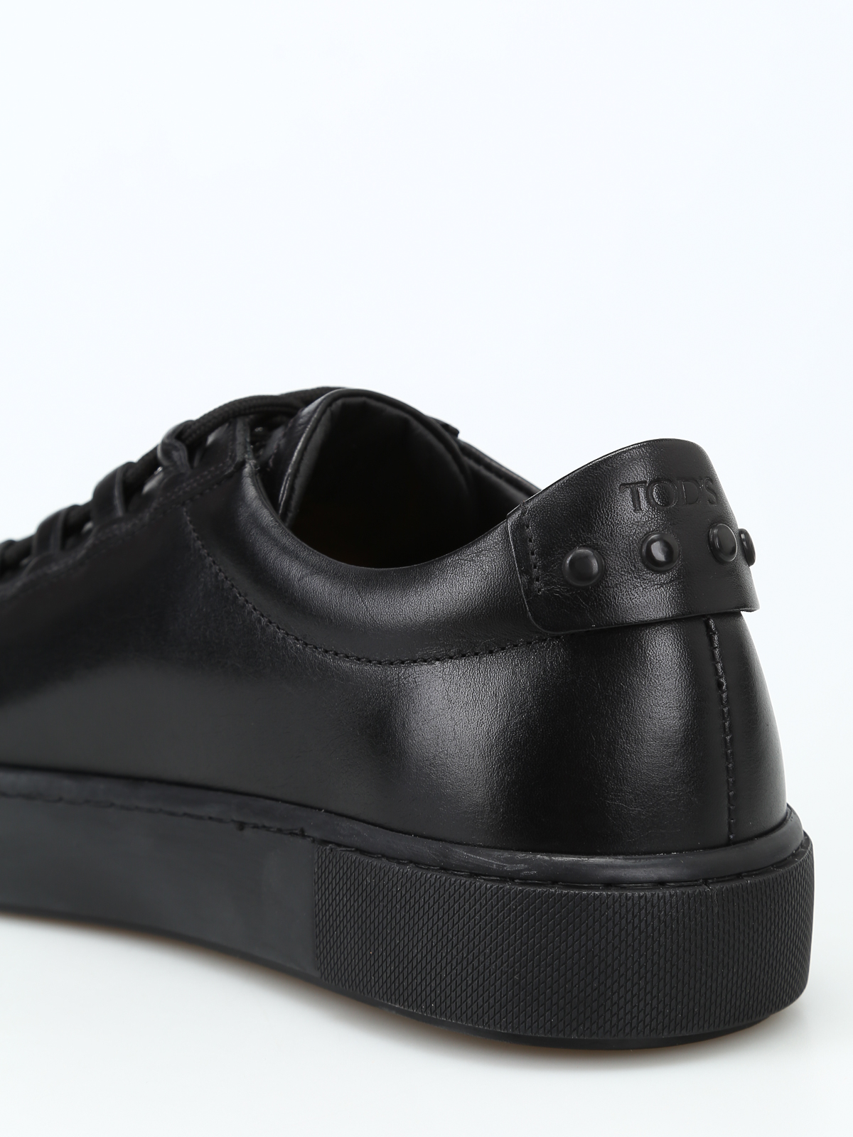 Black leather sneakers with gommini