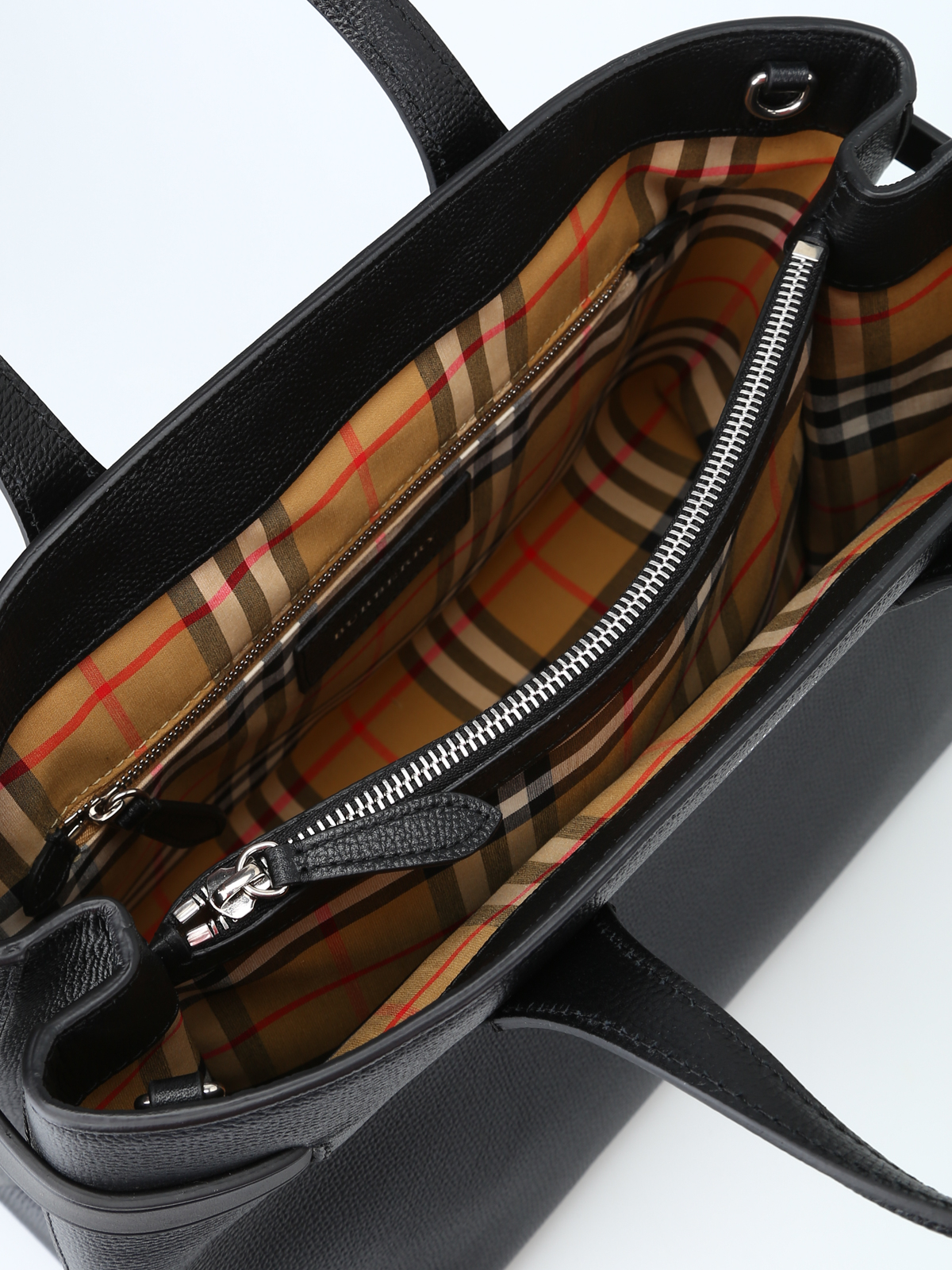 6d734ccfe09 Burberry - Black leather medium Banner tote - totes bags - 4077518